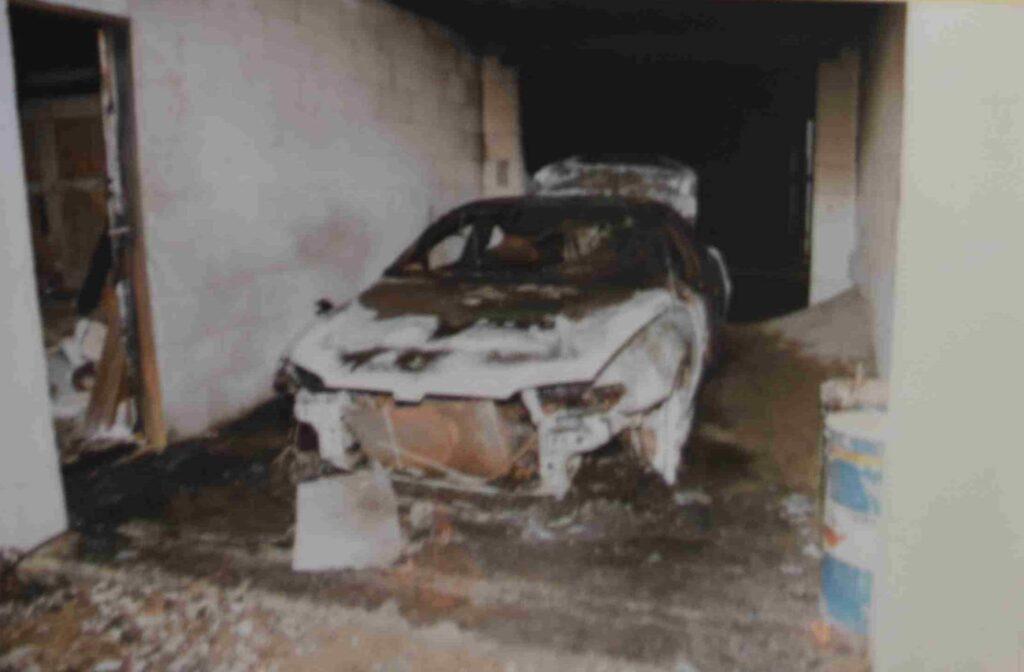 zapalené-auto-5